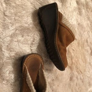 Women's UGG size 8 mules with knit and fur lining